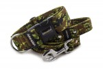 Collar Camouflage Green with a leash