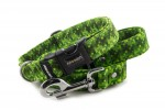 Collar Digital Green with a leash