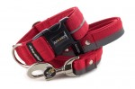 Collar Reflex Royal Red I with a leash