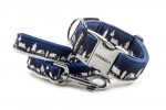 Collar Winter Village Blue with a leash